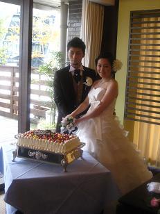 0222-cake%20cut.jpg