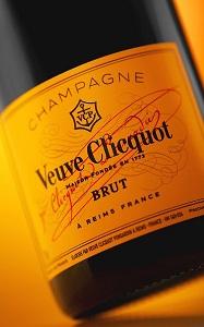 0904-champagne.jpg