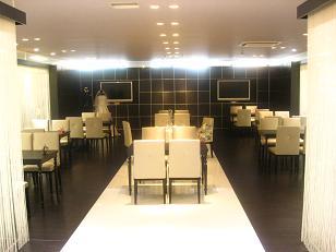 0827-salon.JPG